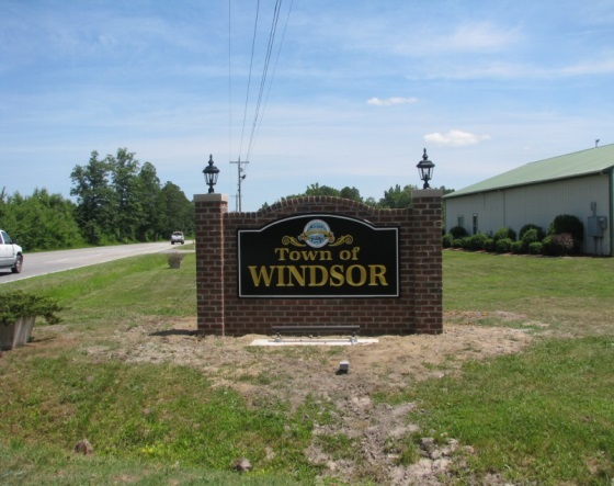 Town of Windsor Welcome Sign